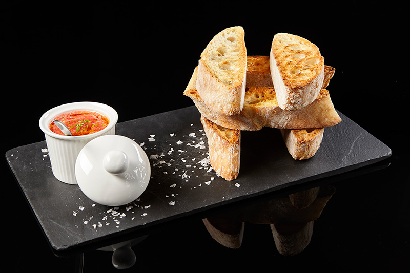 RUSTIC BREAD WITH FRESH TOMATO AND EXTRA VIRGIN OLIVE OIL